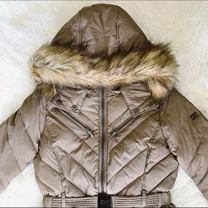 🚨NWT Diane Von Furstenberg Faux Fur Hood Jacket🚨